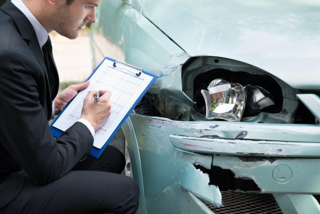 Τι να κάνετε άμα εμπλακείτε σε ένα ατύχημα